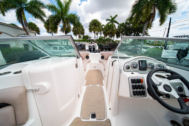 Thumbnail 26 for Used 2013 Hurricane SunDeck SD 2200 OB boat for sale in West Palm Beach, FL