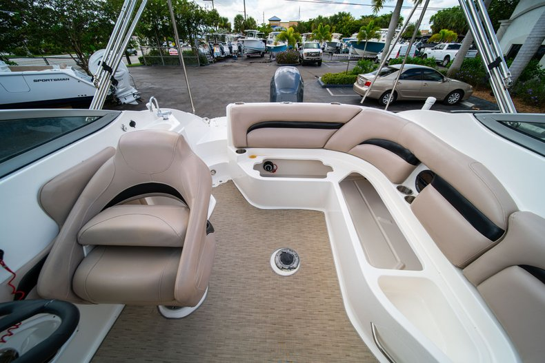 Thumbnail 10 for Used 2013 Hurricane SunDeck SD 2200 OB boat for sale in West Palm Beach, FL