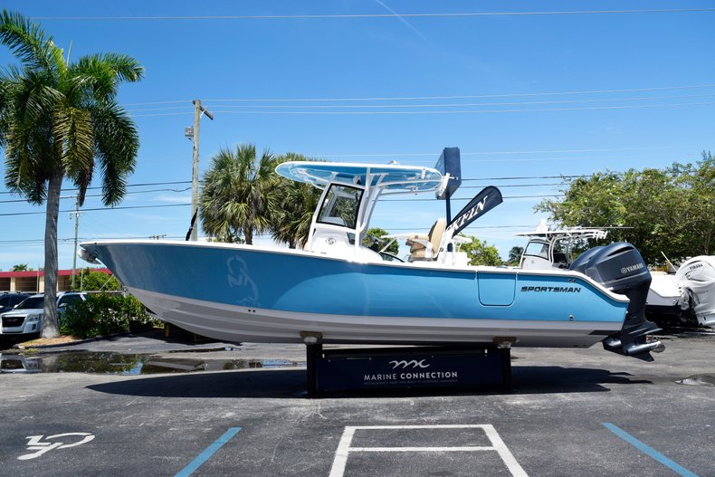 Thumbnail 4 for New 2020 Sportsman Open 282 Center Console boat for sale in West Palm Beach, FL
