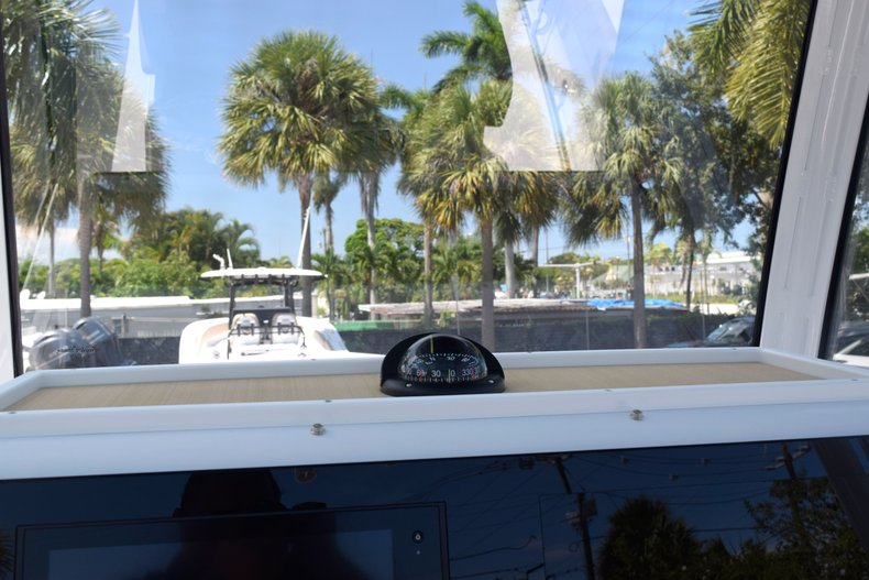 Thumbnail 55 for New 2020 Sportsman Open 282 Center Console boat for sale in West Palm Beach, FL