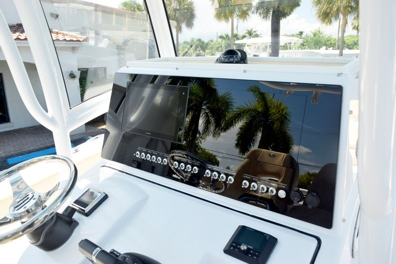 Thumbnail 61 for New 2020 Sportsman Open 282 Center Console boat for sale in West Palm Beach, FL