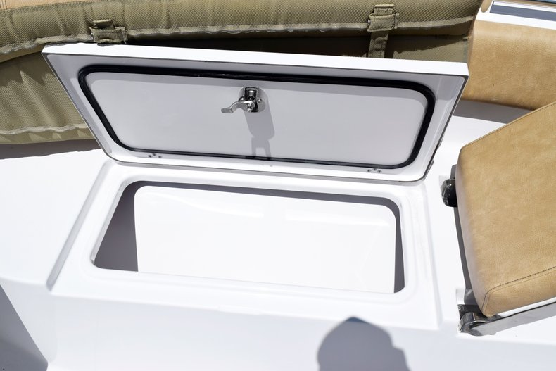 Thumbnail 74 for New 2020 Sportsman Open 282 Center Console boat for sale in West Palm Beach, FL