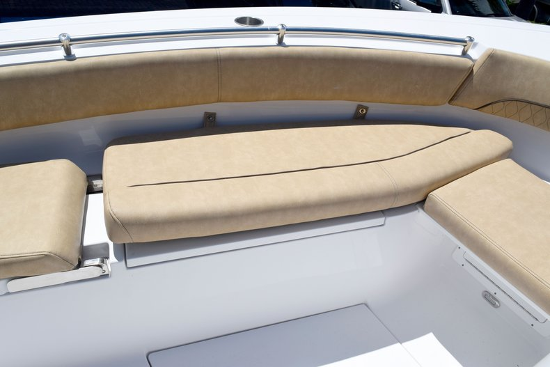 Thumbnail 75 for New 2020 Sportsman Open 282 Center Console boat for sale in West Palm Beach, FL