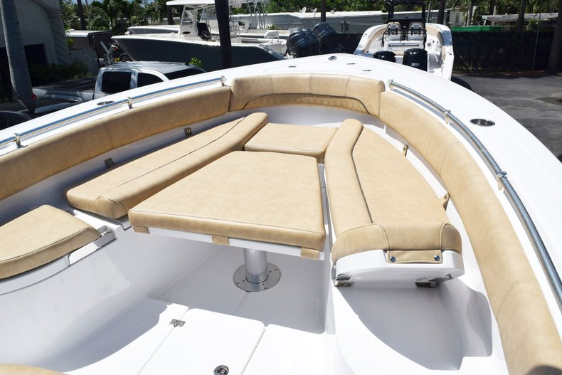 Thumbnail 88 for New 2020 Sportsman Open 282 Center Console boat for sale in West Palm Beach, FL