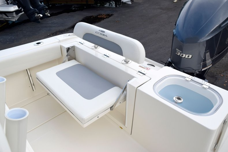 Thumbnail 13 for New 2020 Cobia 237 Center Console boat for sale in Fort Lauderdale, FL