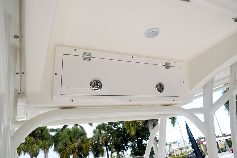 Thumbnail 46 for New 2020 Cobia 237 Center Console boat for sale in Fort Lauderdale, FL