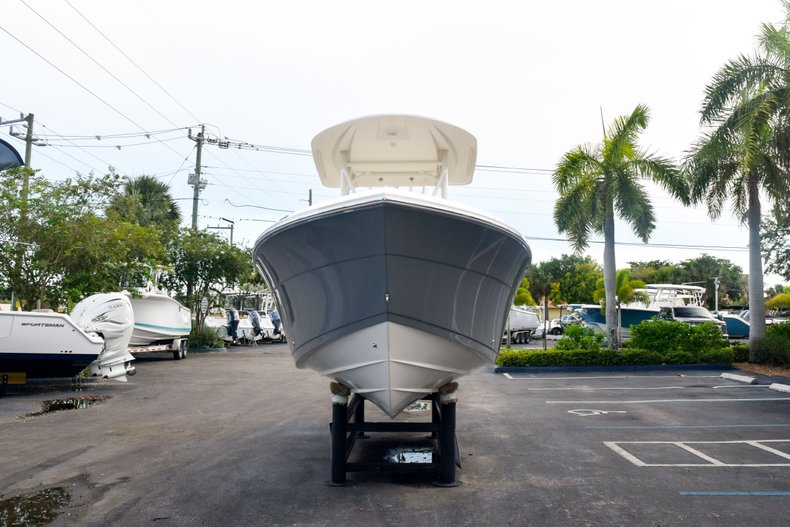 Thumbnail 2 for New 2020 Cobia 237 Center Console boat for sale in Fort Lauderdale, FL