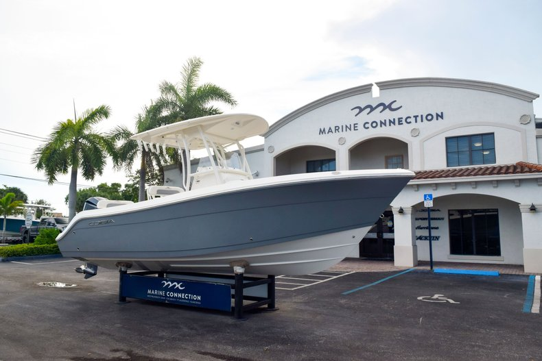 Thumbnail 1 for New 2020 Cobia 237 Center Console boat for sale in Fort Lauderdale, FL