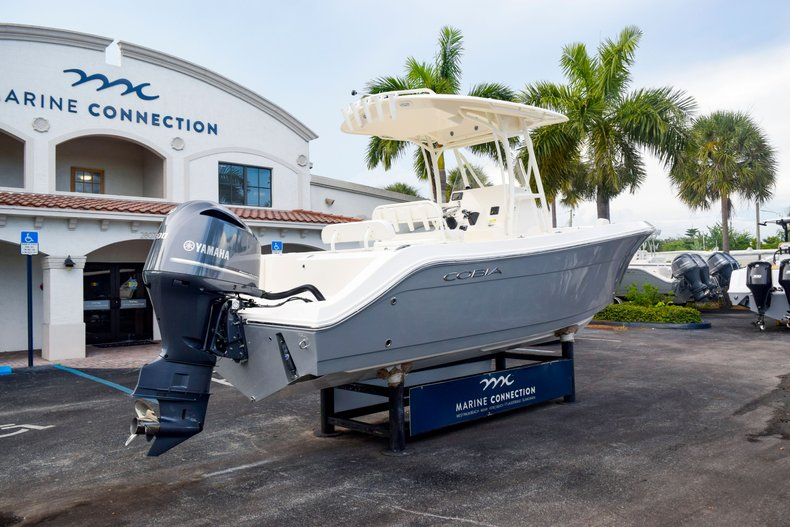 Thumbnail 7 for New 2020 Cobia 237 Center Console boat for sale in Fort Lauderdale, FL