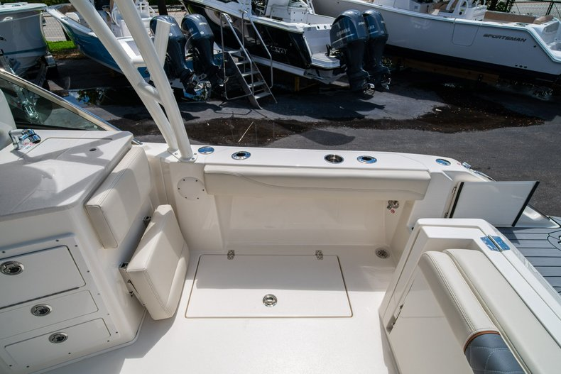 Image 15 for 2020 Cobia 240 Dual Console in West Palm Beach, FL