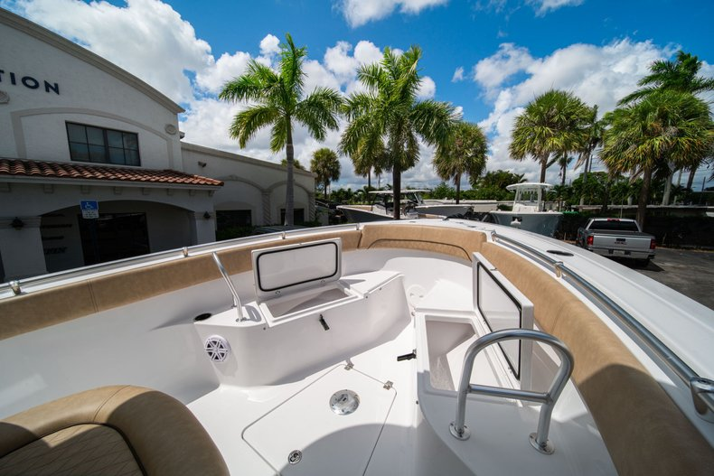 Thumbnail 40 for New 2020 Sportsman Open 252 Center Console boat for sale in West Palm Beach, FL