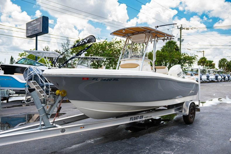Thumbnail 3 for Used 2017 Pioneer Sportfish 202 boat for sale in West Palm Beach, FL