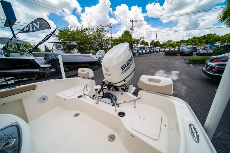 Thumbnail 10 for Used 2017 Pioneer Sportfish 202 boat for sale in West Palm Beach, FL