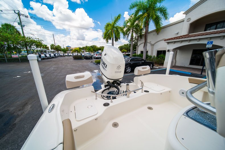 Thumbnail 14 for Used 2017 Pioneer Sportfish 202 boat for sale in West Palm Beach, FL