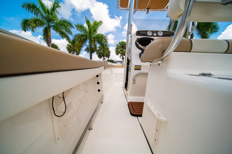 Thumbnail 20 for Used 2017 Pioneer Sportfish 202 boat for sale in West Palm Beach, FL