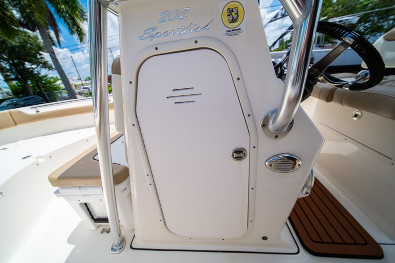 Thumbnail 34 for Used 2017 Pioneer Sportfish 202 boat for sale in West Palm Beach, FL