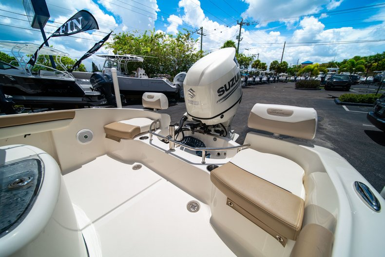 Thumbnail 9 for Used 2017 Pioneer Sportfish 202 boat for sale in West Palm Beach, FL