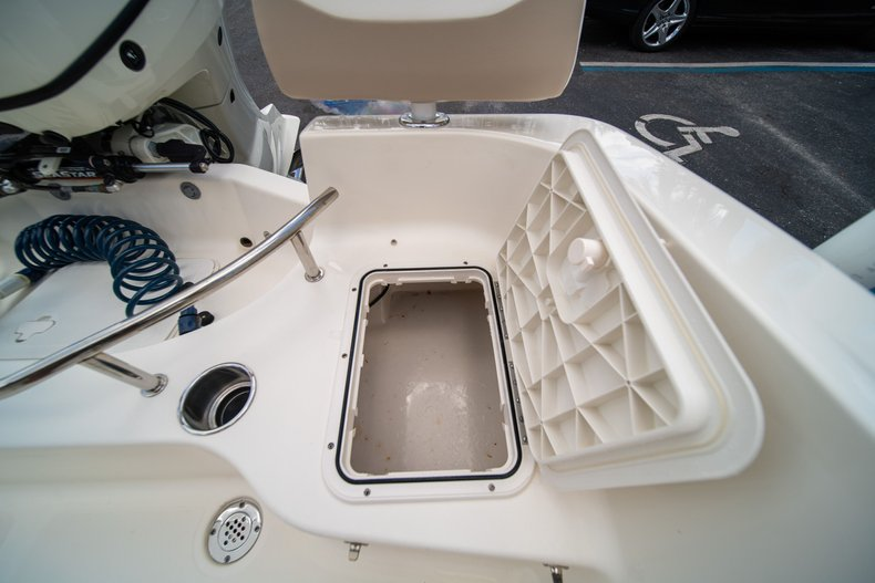 Thumbnail 12 for Used 2017 Pioneer Sportfish 202 boat for sale in West Palm Beach, FL