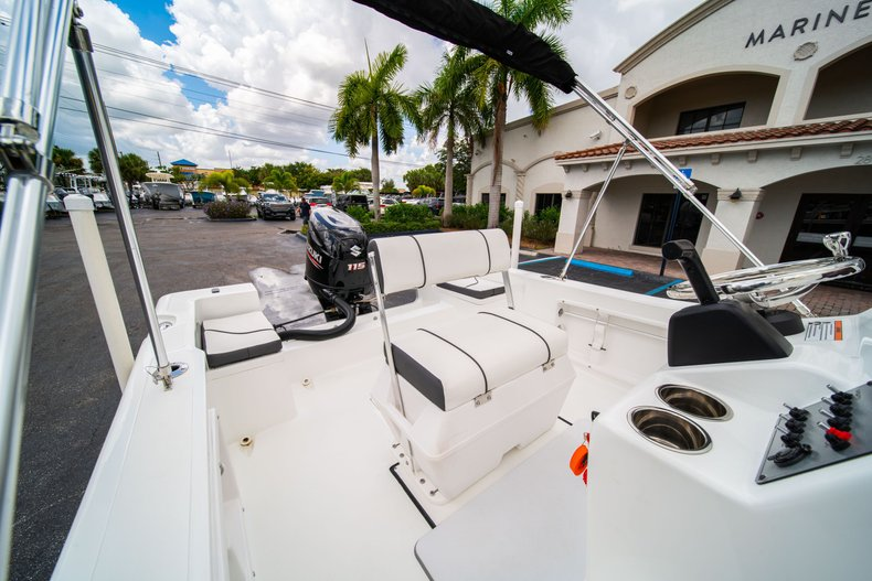 Thumbnail 21 for Used 2019 Clearwater 1900 CC boat for sale in West Palm Beach, FL