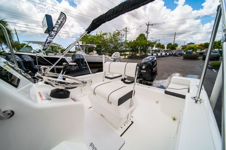 Thumbnail 22 for Used 2019 Clearwater 1900 CC boat for sale in West Palm Beach, FL
