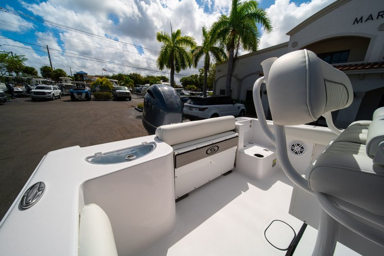 Thumbnail 9 for New 2020 Sportsman Open 212 Center Console boat for sale in West Palm Beach, FL