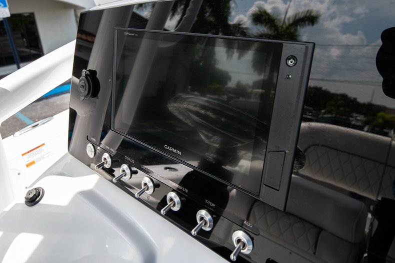 Thumbnail 21 for New 2020 Sportsman Heritage 211 Center Console boat for sale in West Palm Beach, FL