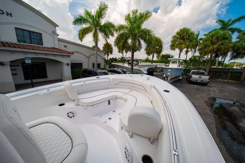 Thumbnail 31 for New 2020 Sportsman Heritage 211 Center Console boat for sale in West Palm Beach, FL