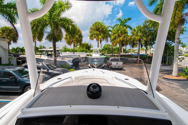 Thumbnail 22 for New 2020 Sportsman Heritage 211 Center Console boat for sale in West Palm Beach, FL