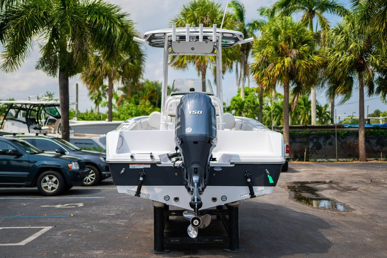 Thumbnail 6 for New 2020 Sportsman Heritage 211 Center Console boat for sale in West Palm Beach, FL