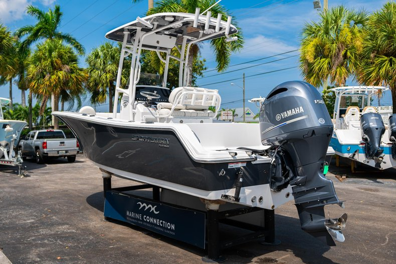 Thumbnail 5 for New 2020 Sportsman Heritage 211 Center Console boat for sale in West Palm Beach, FL
