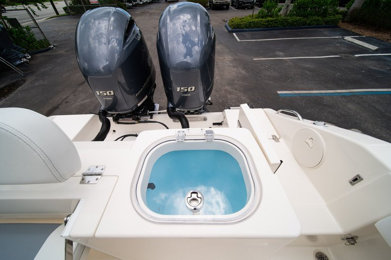 Thumbnail 13 for New 2020 Cobia 240 CC Center Console boat for sale in West Palm Beach, FL