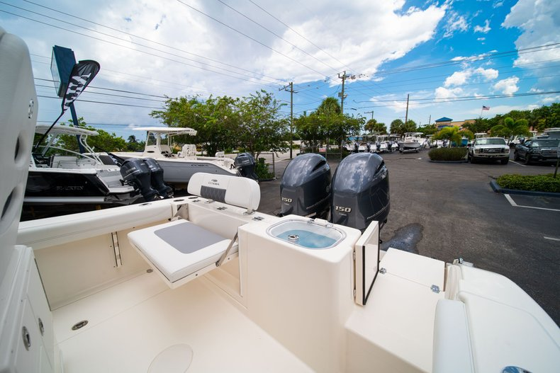 Thumbnail 12 for New 2020 Cobia 240 CC Center Console boat for sale in West Palm Beach, FL