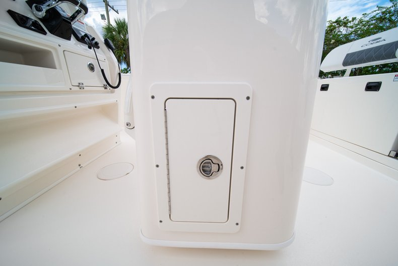 Thumbnail 23 for New 2020 Cobia 240 CC Center Console boat for sale in West Palm Beach, FL