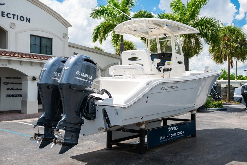 Thumbnail 7 for New 2020 Cobia 240 CC Center Console boat for sale in West Palm Beach, FL