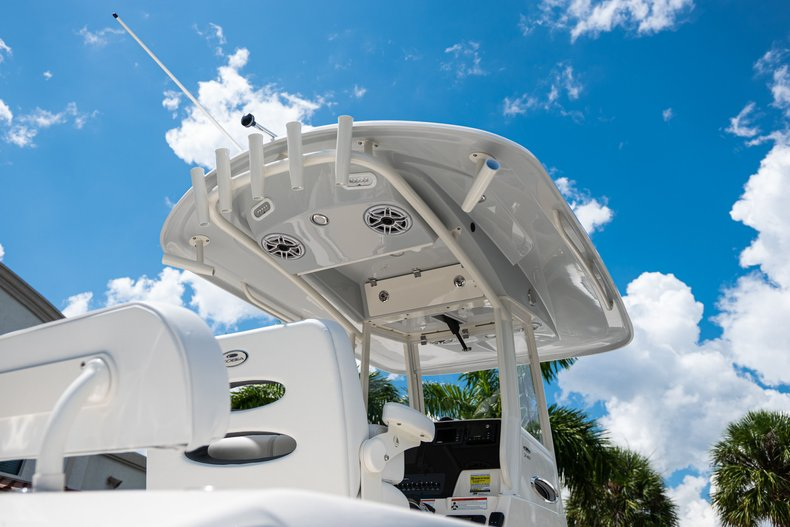 Thumbnail 8 for New 2020 Cobia 240 CC Center Console boat for sale in West Palm Beach, FL