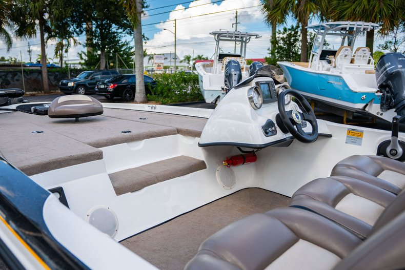 Thumbnail 13 for Used 2007 NITRO 482 Bass Boat boat for sale in West Palm Beach, FL