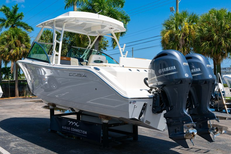 Thumbnail 5 for New 2020 Cobia 280 DC Dual Console boat for sale in West Palm Beach, FL
