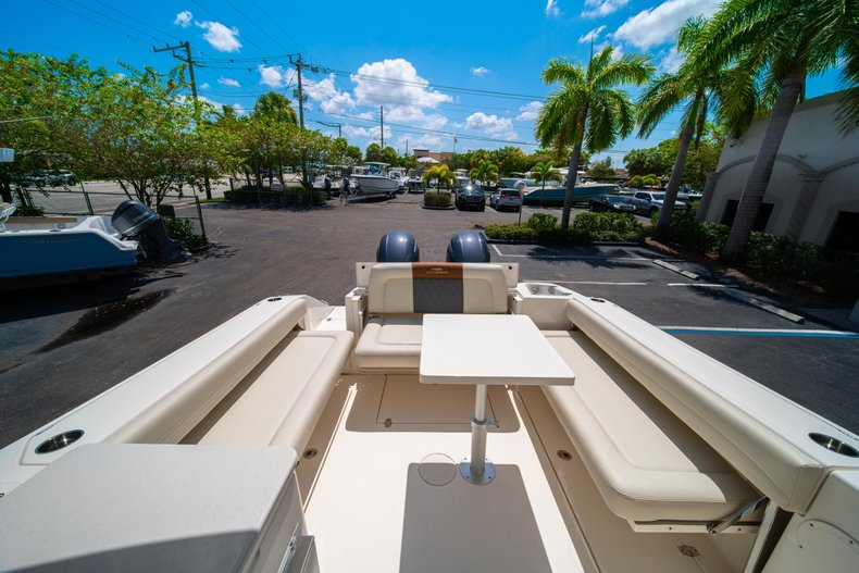 Thumbnail 11 for New 2020 Cobia 280 DC Dual Console boat for sale in West Palm Beach, FL