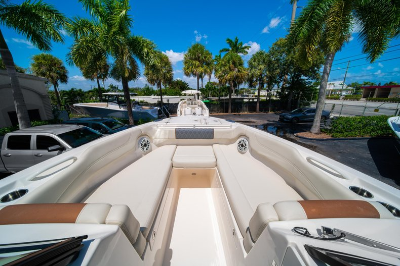 Thumbnail 41 for New 2020 Cobia 280 DC Dual Console boat for sale in West Palm Beach, FL