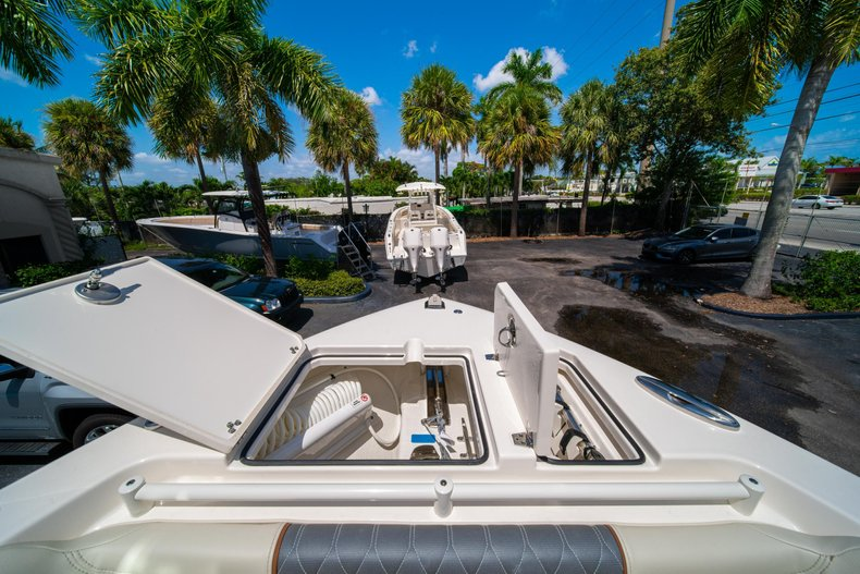 Thumbnail 45 for New 2020 Cobia 280 DC Dual Console boat for sale in West Palm Beach, FL