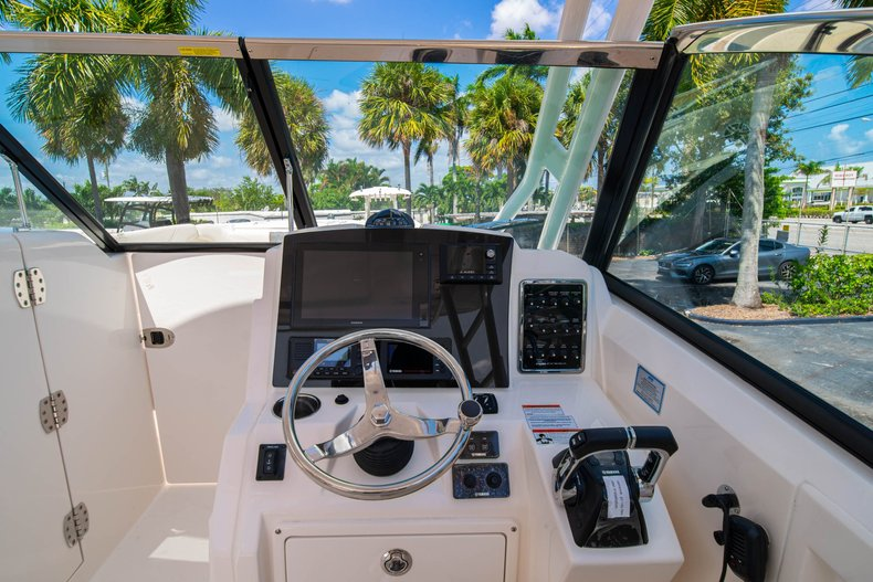 Thumbnail 26 for New 2020 Cobia 280 DC Dual Console boat for sale in West Palm Beach, FL