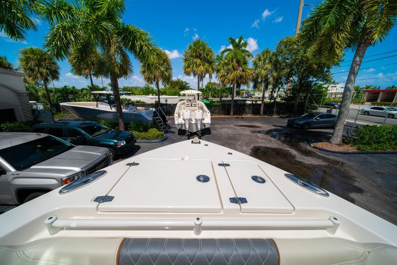 Thumbnail 44 for New 2020 Cobia 280 DC Dual Console boat for sale in West Palm Beach, FL