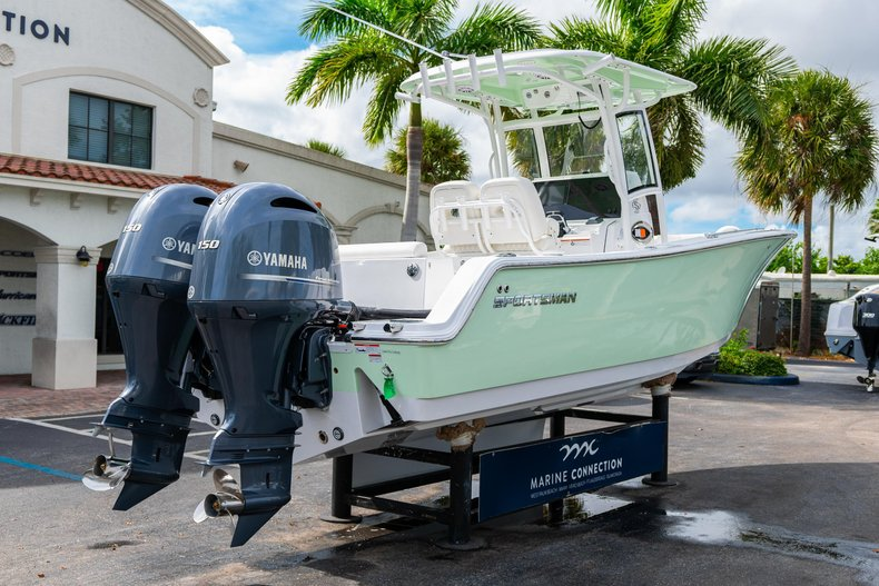 Thumbnail 6 for New 2020 Sportsman Open 252 Center Console boat for sale in West Palm Beach, FL