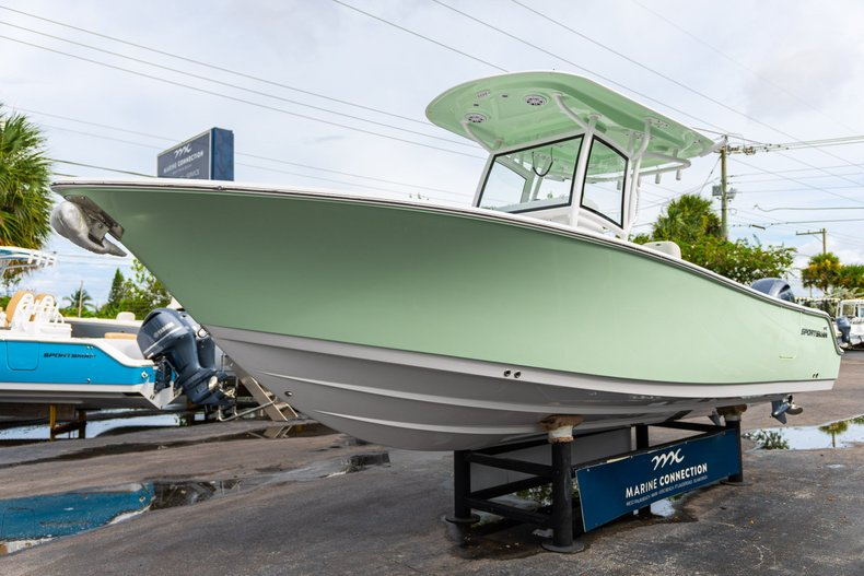 Thumbnail 3 for New 2020 Sportsman Open 252 Center Console boat for sale in West Palm Beach, FL