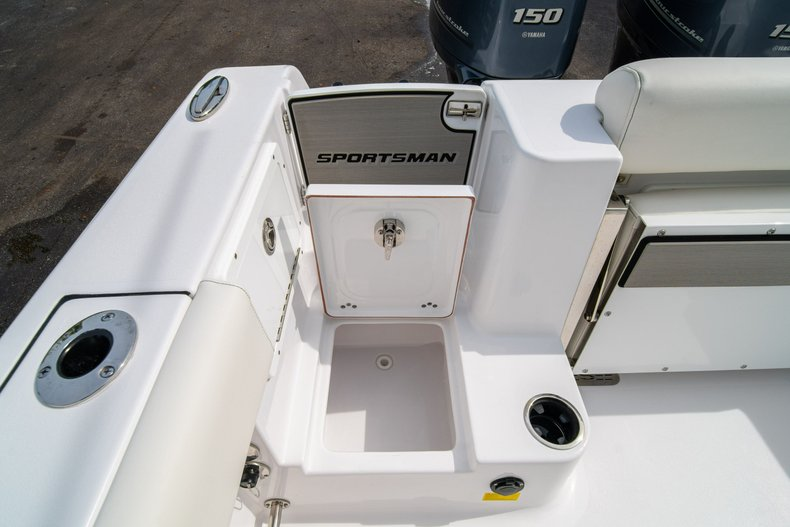Thumbnail 14 for New 2020 Sportsman Open 252 Center Console boat for sale in West Palm Beach, FL