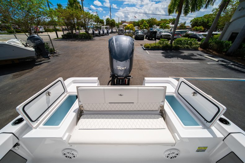 Thumbnail 12 for New 2020 Sportsman Masters 247 Bay Boat boat for sale in West Palm Beach, FL