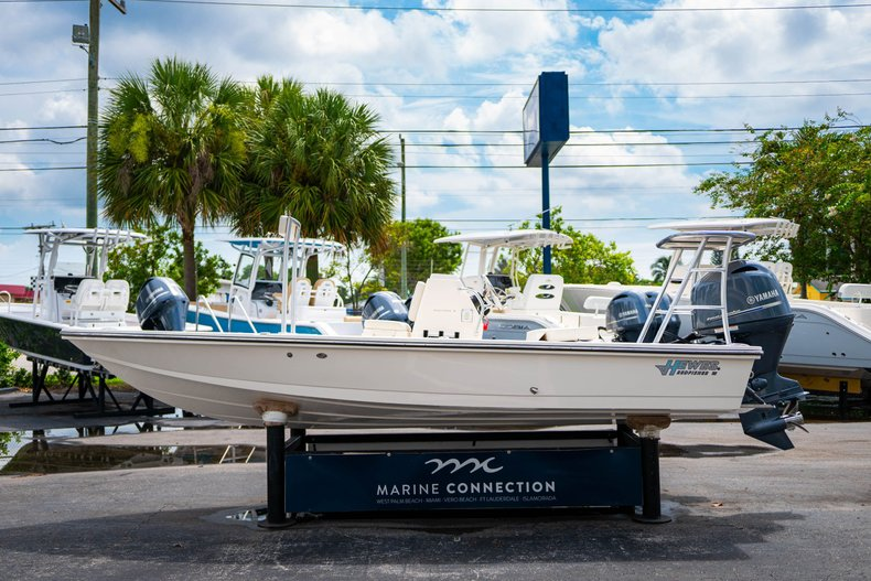 Thumbnail 4 for Used 2018 Hewes Redfisher 18 boat for sale in West Palm Beach, FL