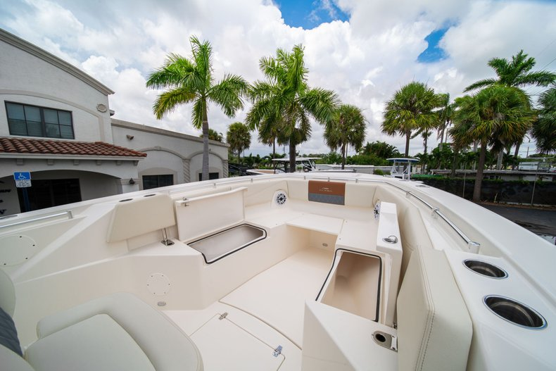 Thumbnail 40 for New 2020 Cobia 320 Center Console boat for sale in West Palm Beach, FL
