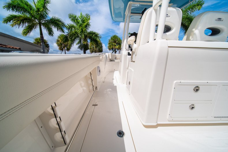 Thumbnail 21 for New 2020 Cobia 320 Center Console boat for sale in West Palm Beach, FL