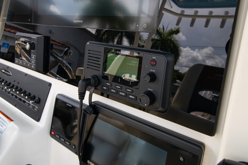 Thumbnail 28 for New 2020 Cobia 320 Center Console boat for sale in West Palm Beach, FL